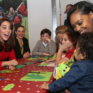 15 Dec 2015, London, England, UK --- The Duchess of Cambridge attends the Anna Freud Centre Family School Christmas party at the Anna Freud Centre, London, UK, on the 15th December 2015. Picture by Chris Jackson/WPA-Pool Pictured: Duchess of Cambridge, Catherine, Kate Middleton --- Image by © Splash News/Splash News/Corbis
