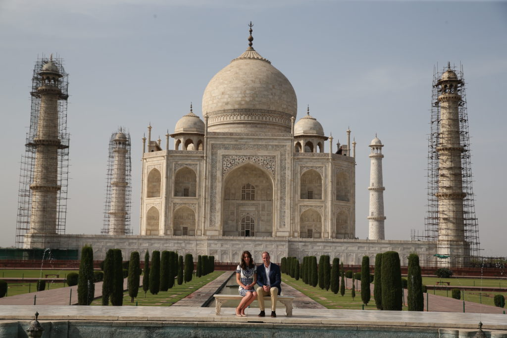 Image licensed to i-Images Picture Agency. 16/04/2016. Agra, India. The Duke and Duchess of Cambridge at the Taj Mahal in Agra on the final  day of their tour of India and Bhutan.  Picture by Stephen Lock / i-Images