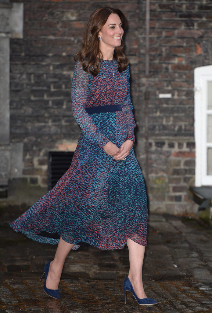 The Duke and Duchess of Cambridge and Prince Harry host President Barack Obama and First Lady Michelle Obama of the United States of America for dinner at Kensington Palace, London, UK, on Friday 22 April 2016. Pictured: Duchess of Cambridge, Catherine, Kate Middleton Ref: SPL1269140 220416 Picture by: James Whatling Splash News and Pictures Los Angeles:310-821-2666 New York: 212-619-2666 London: 870-934-2666 photodesk@splashnews.com