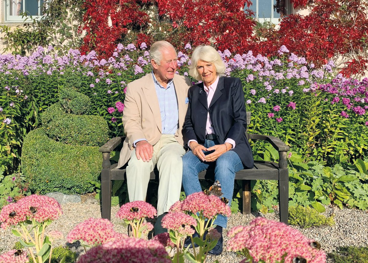 The Prince of Wales and the Duchess of Cornwall Release their 2020 Official Christmas Photo