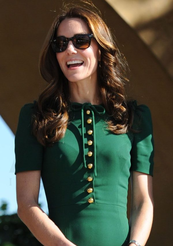 Kate wearing her Ray-Ban Folding Wayfarer's